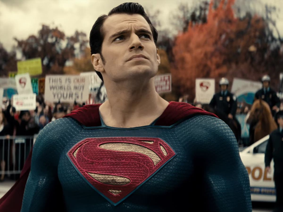 DC comics replaces Superman logo, removes 'the American way'