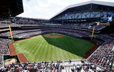 Baseball fans return in first sporting event with full crowd in North America since pandemic's start