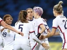 東京オリンピック: MAGA conservatives celebrate loss of US women's soccer team