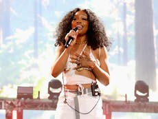 Singer SZA stopped wearing hijab 'after 9/11 because I was so scared'