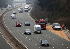 ほとんどのドライバーは、スマートな高速道路で路肩をしっかりと戻したいと思っています, 世論調査が見つかりました