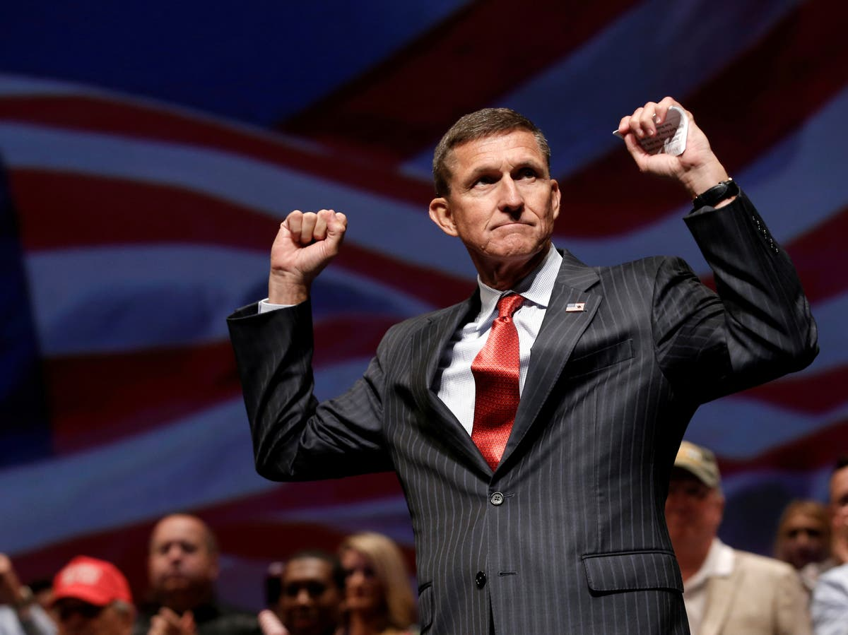 Colonel fired by Trump offers to prosecute Michael Flynn after he called for violent military coup against US