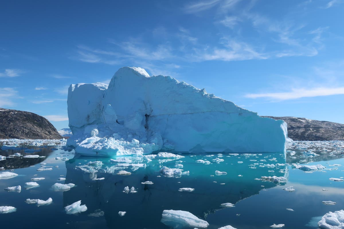 Meeting climate goals would 'halve' sea level rise from melting ice, study says