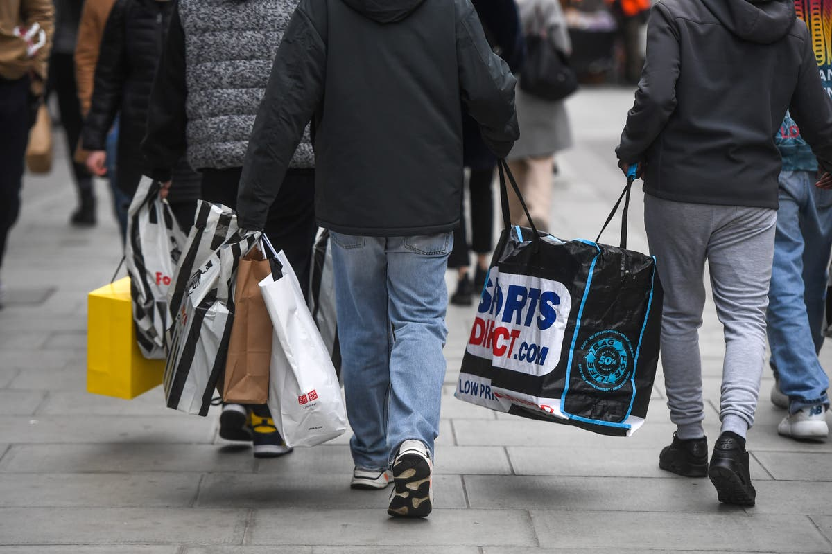 Plastic bag charge to rise to 10p in England from 21 May