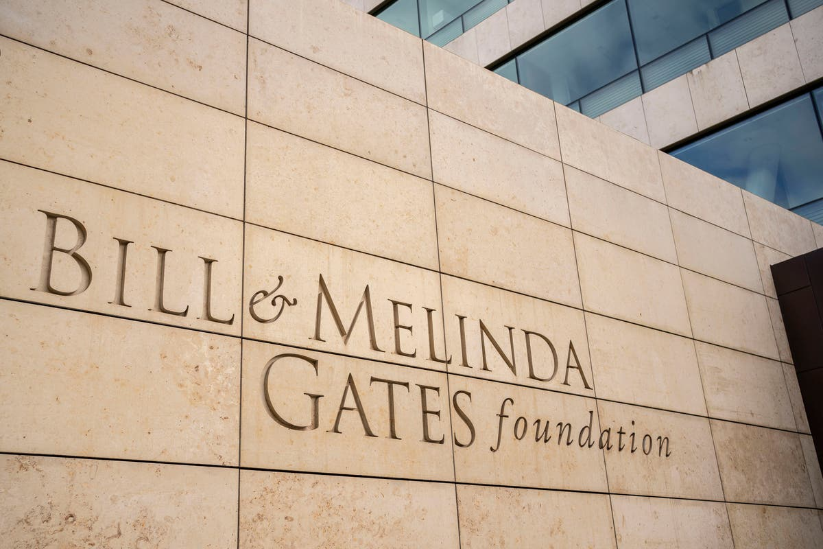 Gates Foundation comes out in support of 'limited' vaccine waiver