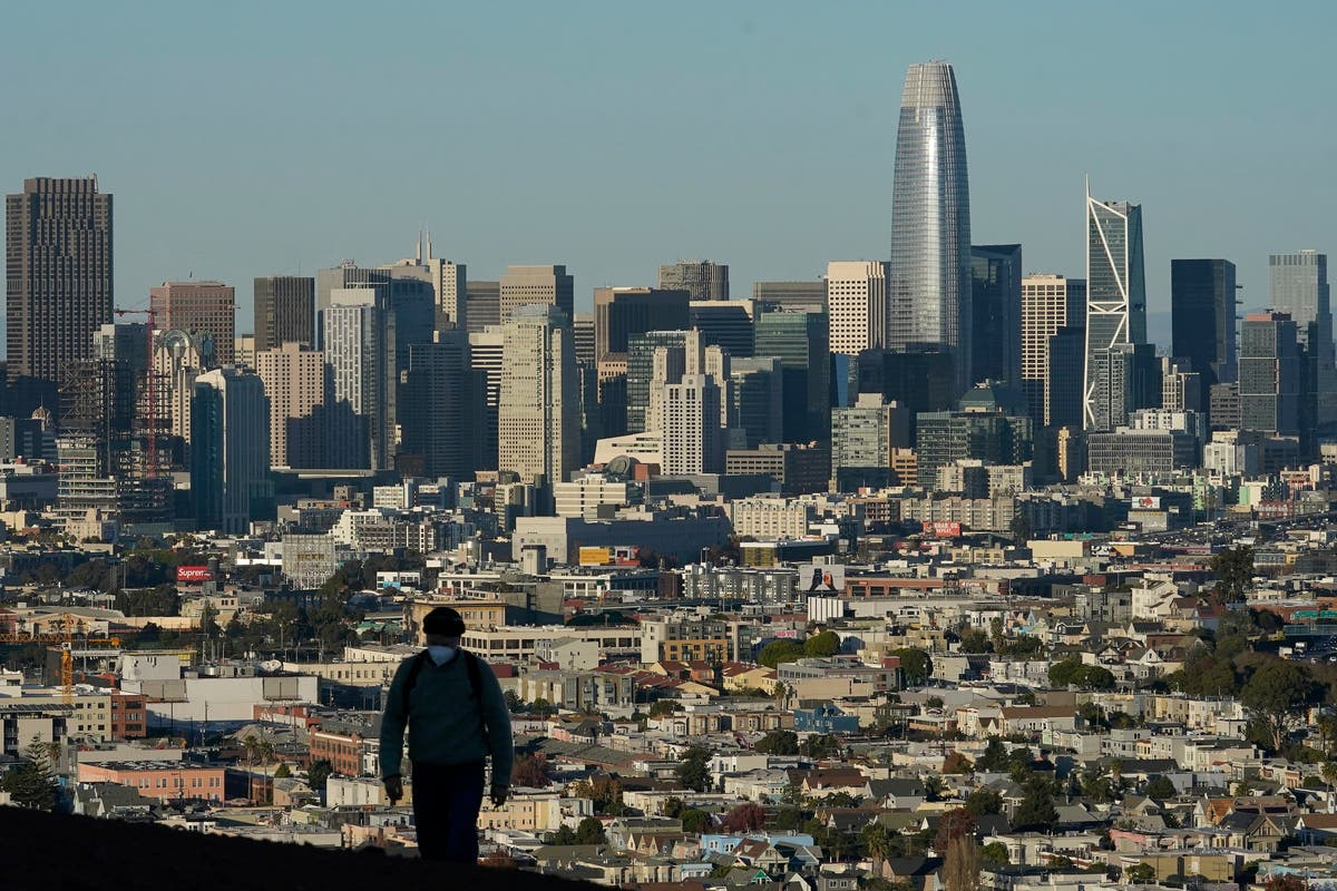 California's population falls for the first time in its history