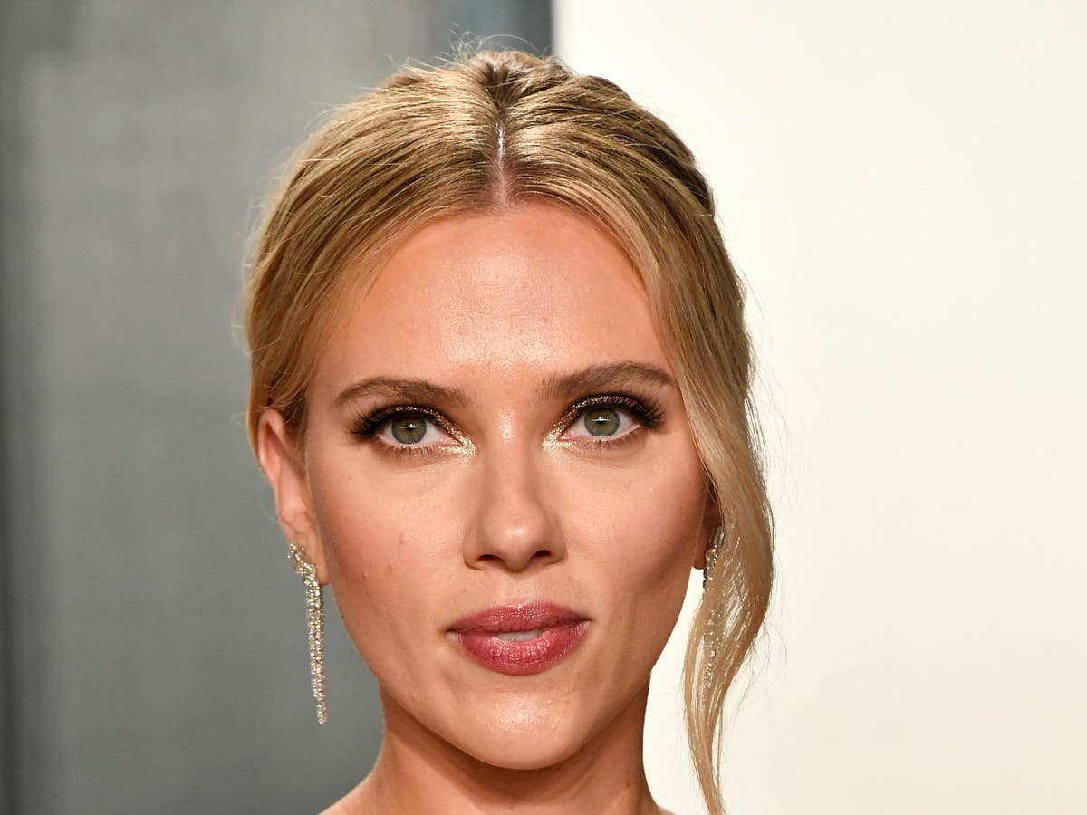 Scarlett Johansson calls for Hollywood to 'step back' from Golden Globes