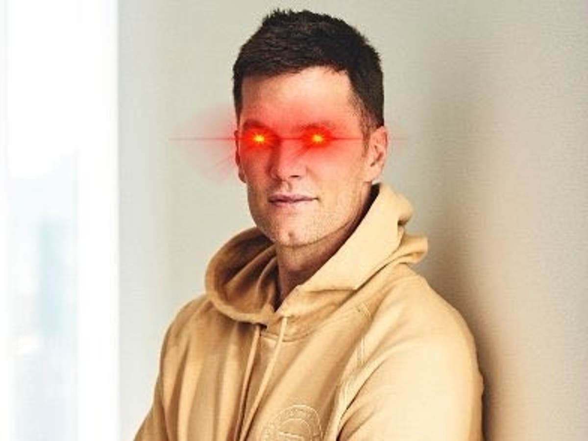 Tom Brady adds bitcoin laser eyes to Twitter profile