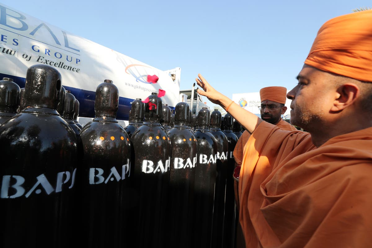 Hindu temple in UAE ships oxygen aid to crisis-hit India