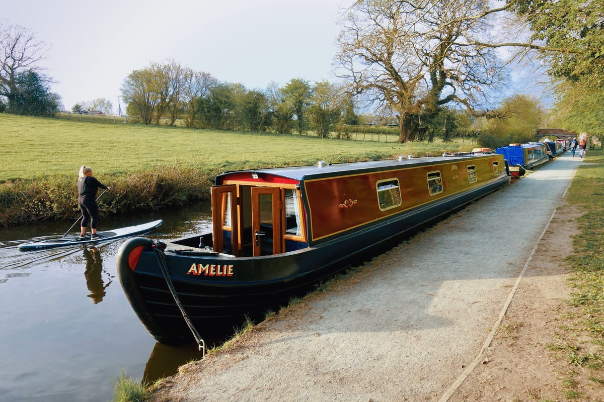 A narrowboat adventure in Shropshire