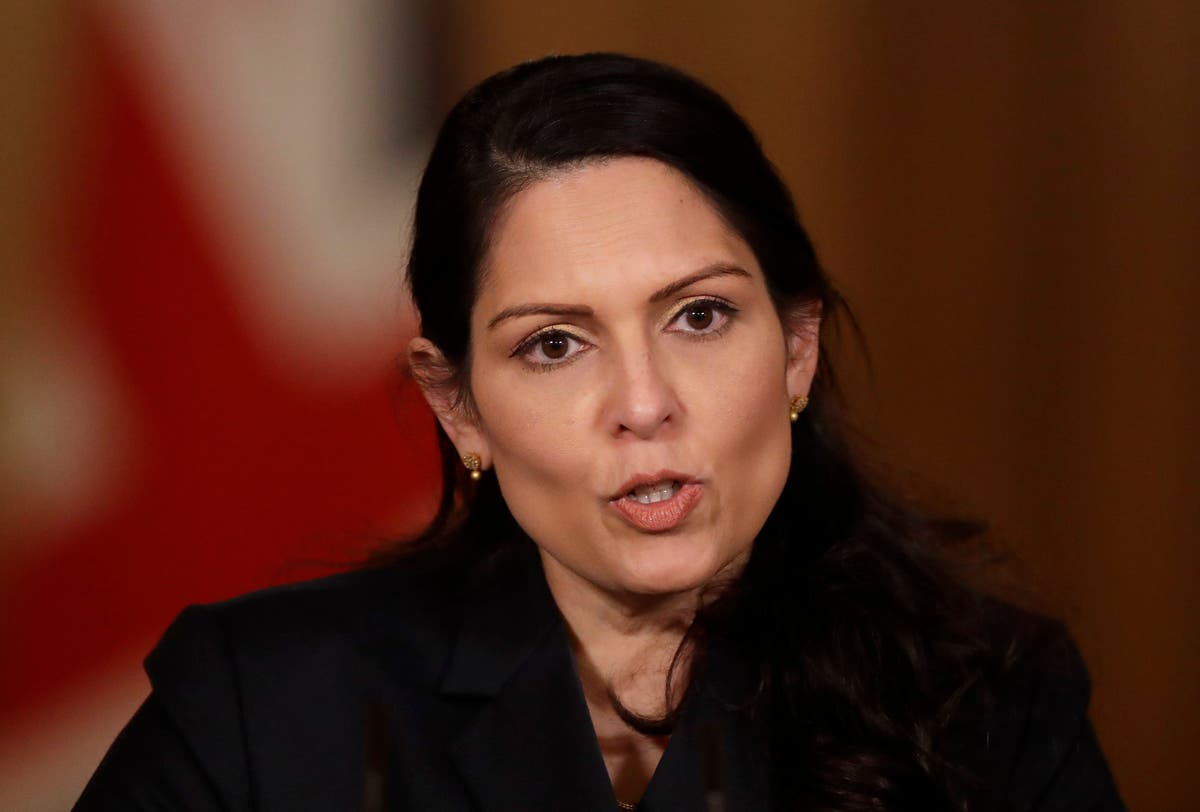 Opinie: Priti Patel's immigration reform is a confusing mess that leaves us all worse off