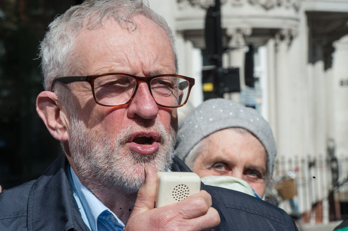 Jeremy Corbyn blames Starmer 'agreeing with Johnson too much' for elections debacle