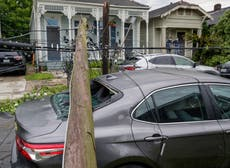Tornado rips off roofs, knocks out power in New Orleans