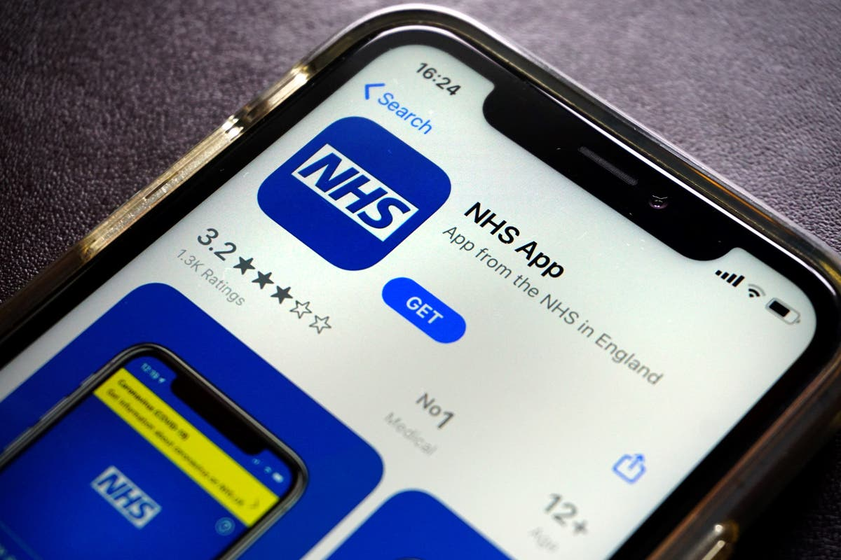 NHS app acts as vaccination record for travellers from today, says Grant Shapps