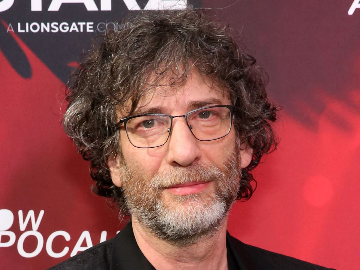 Neil Gaiman calls out 'true Doctor Who fan' for criticising young boy's Dalek costume