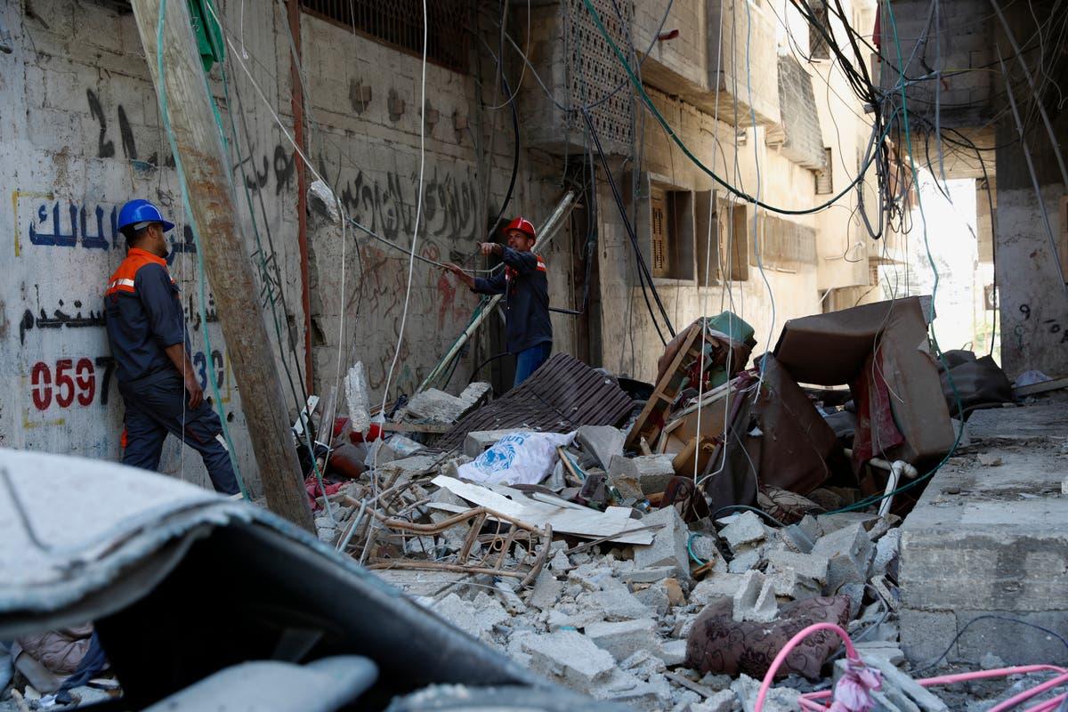 最新の: Israel says it's pursuing 'forceful deterrence'