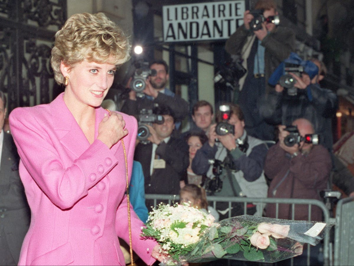 Diana and Dodi's relationship and how their experiences of racism compare to Harry and Meghan