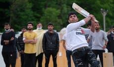 Cricket gear donation brings joy to migrants stuck in Bosnia