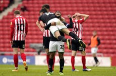 Lincoln withstand Sunderland fightback to reach League One play-off final