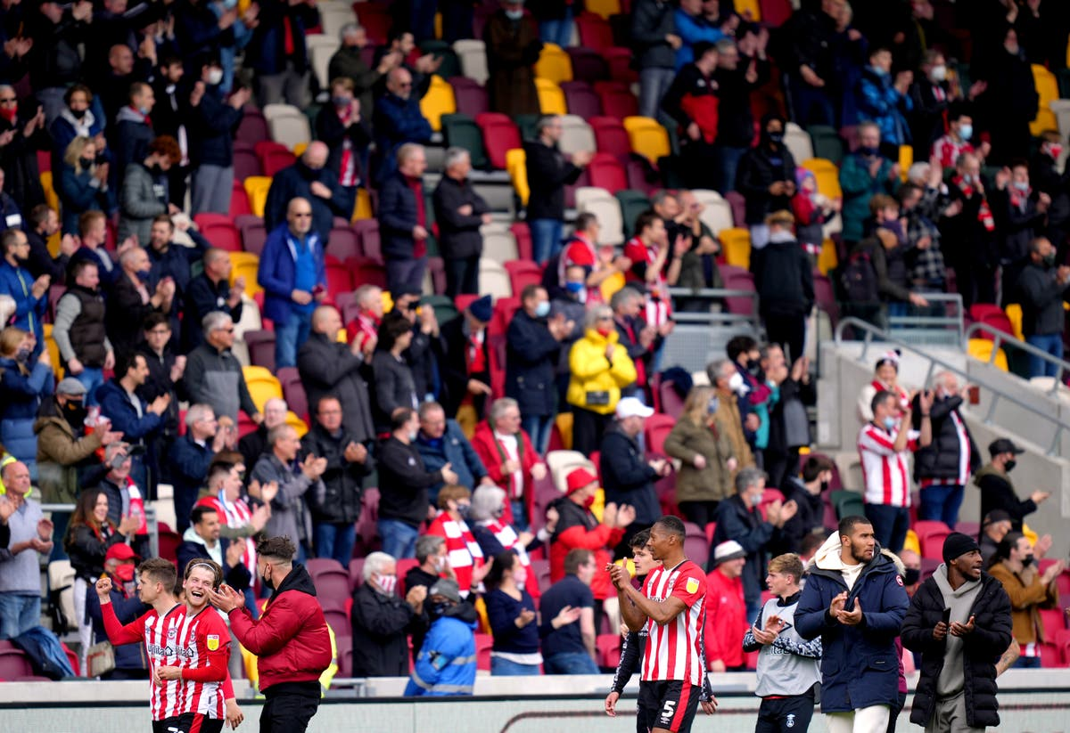 Brentford and Swansea call for more fans at Championship play-off final