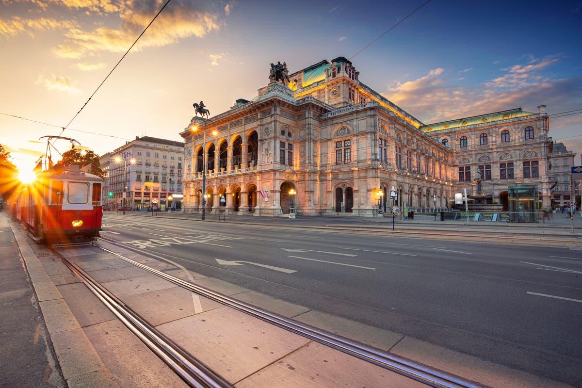 Austria bans direct UK flights