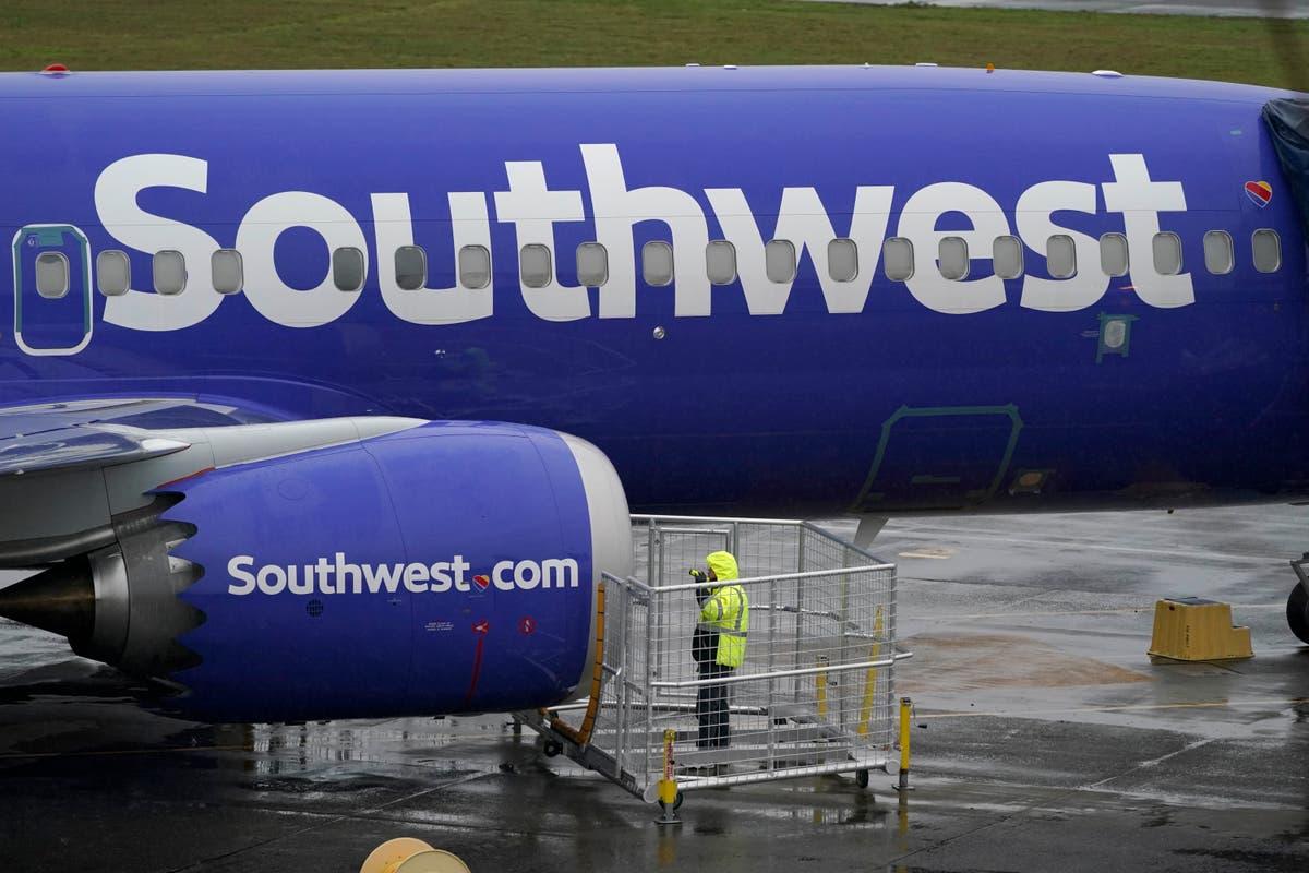 Union chief says flight attendant lost 2 teeth in assault
