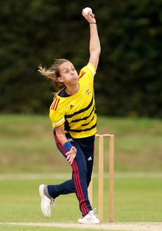 Tash Farrant eager for England's women to play more red-ball cricket