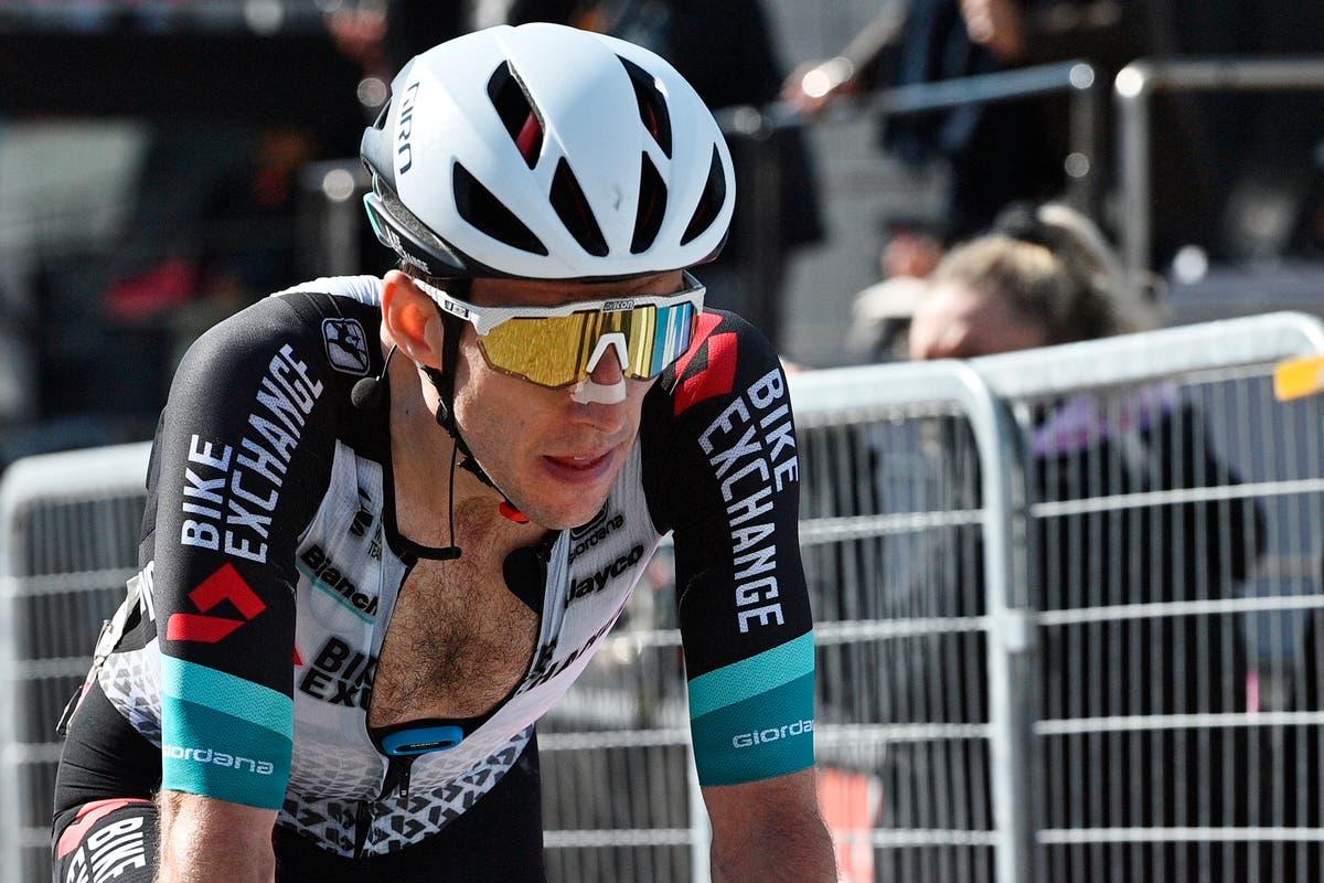Simon Yates turns up heat on Giro leader Egan Bernal