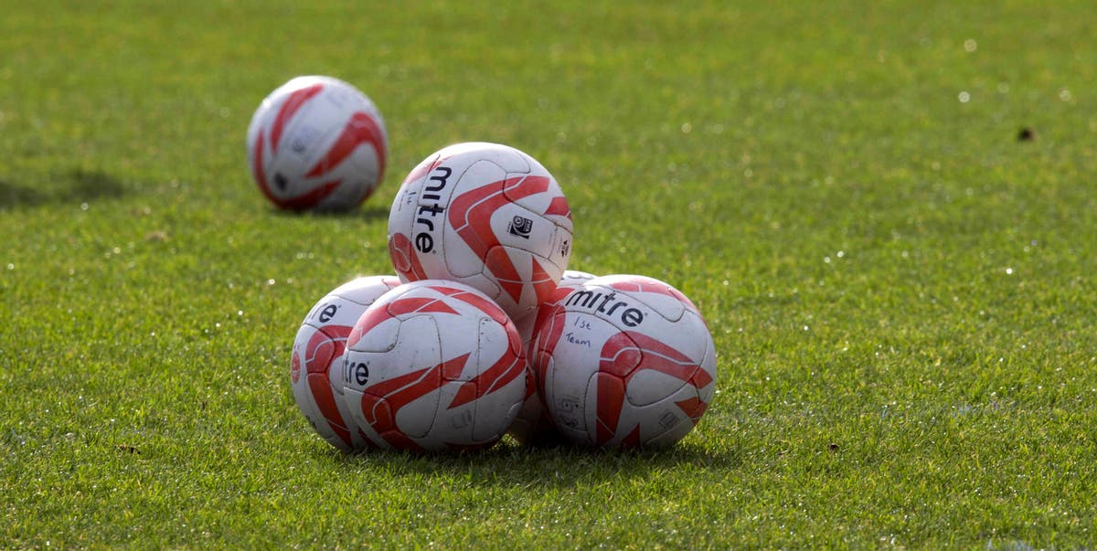 Wrexham finish outside play-offs after final-day draw at Dagenham