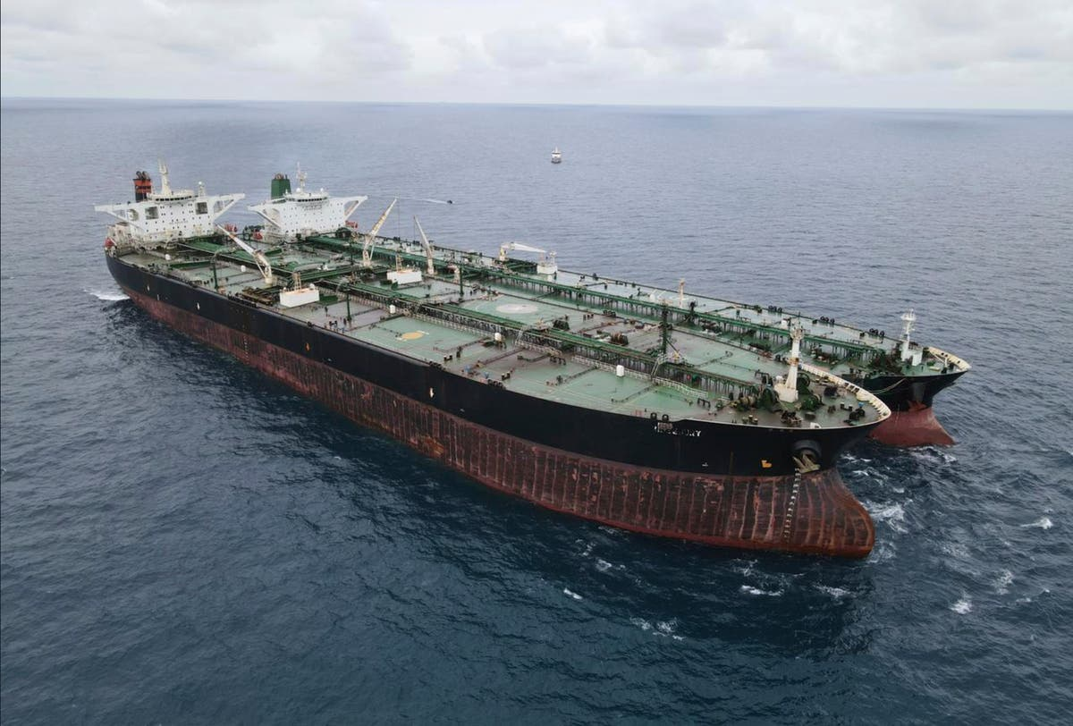 Indonesia frees Iran-flagged tanker after 4 月