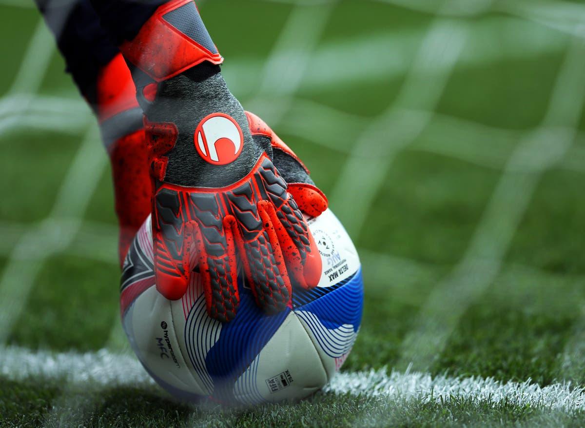 Reserve goalkeeper Rhys Lovett scores as Maidenhead see off Boreham Wood