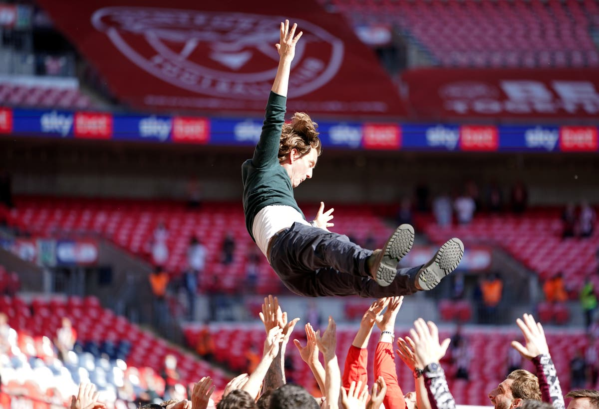 Thomas Frank toasts 'emotional' promotion as Brentford reach the Premier League