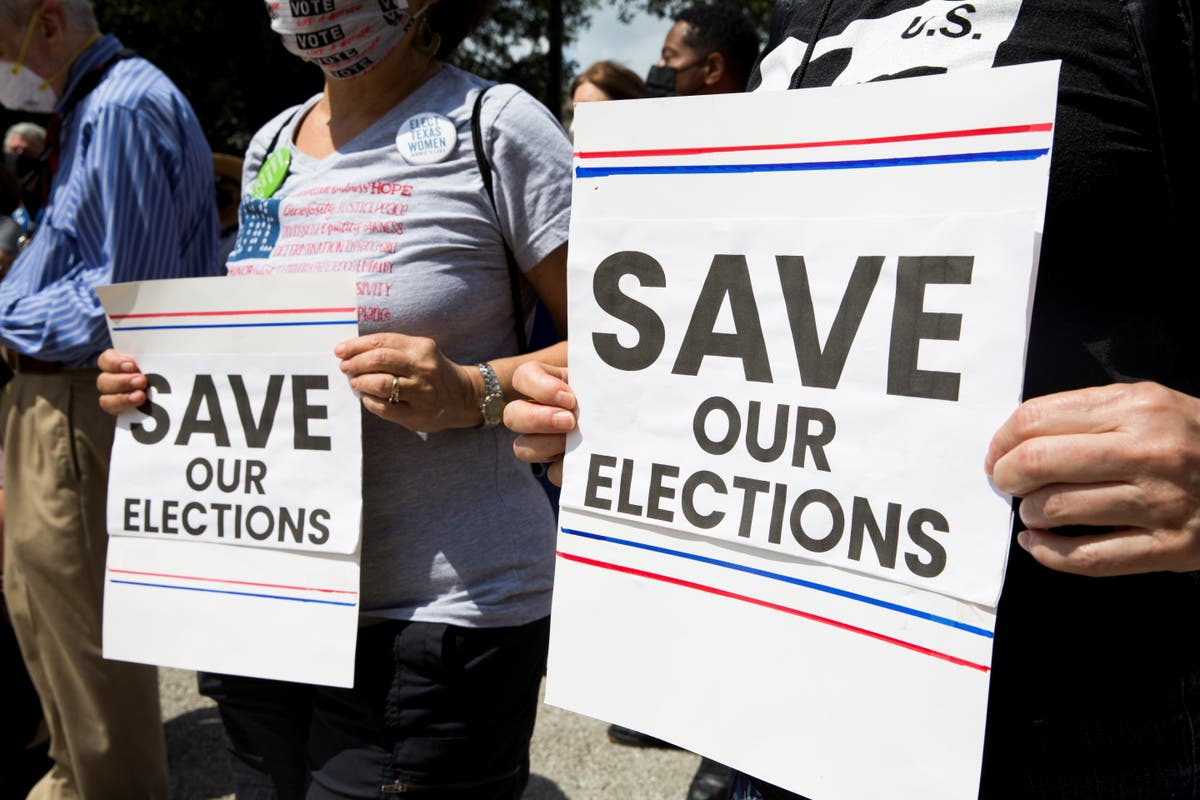 Texas Democrats stage walk out to protest strict voting bill and deny GOP opportunity to pass it