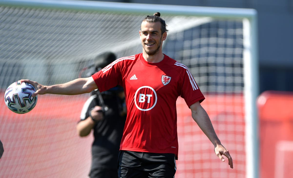 Gareth Bale vows talk of his future will not be a distraction for Wales