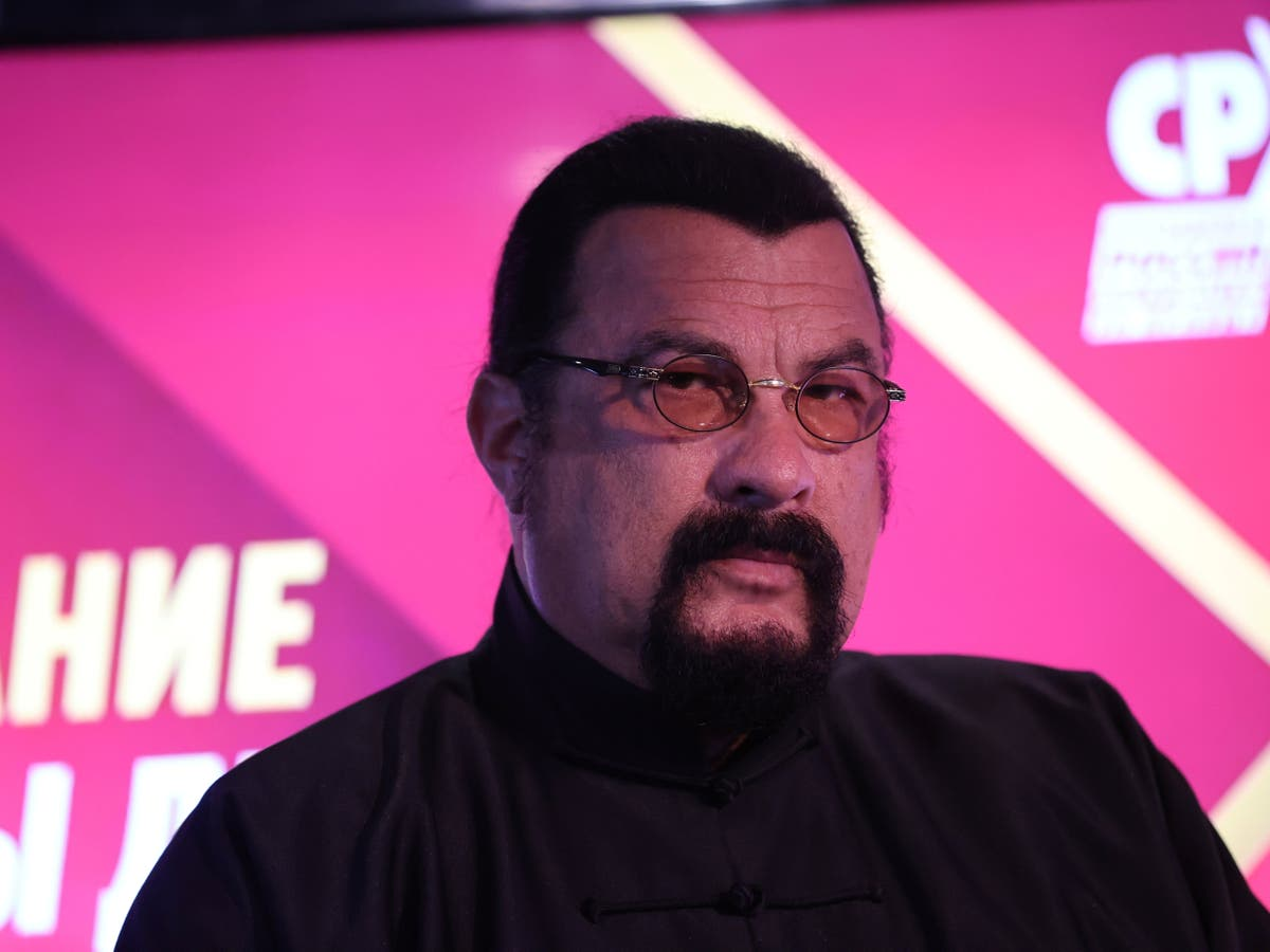 Steven Seagal joins pro-Putin Russian political party
