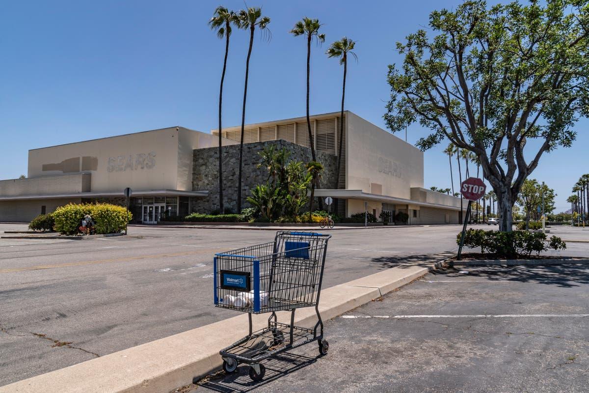 California eyes shuttered malls, stores for new housing