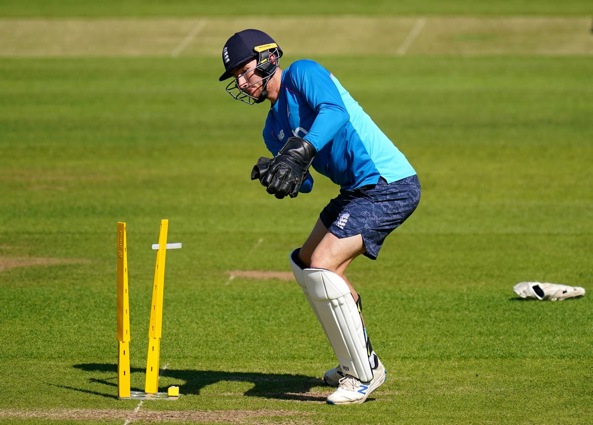 Ollie Robinson and James Bracey handed England debuts in first New Zealand Test