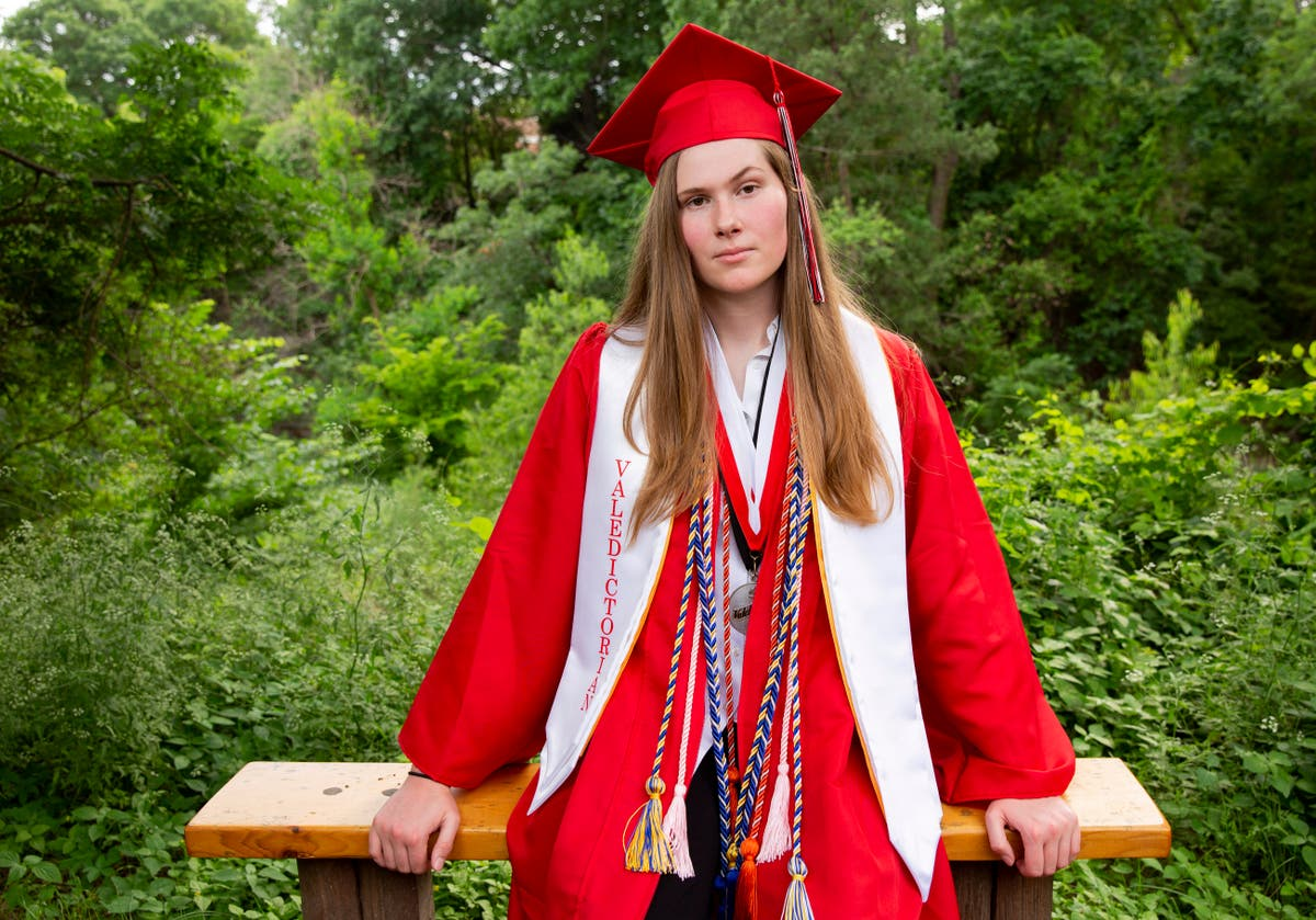 Dallas HS valedictorian delivers abortion rights call