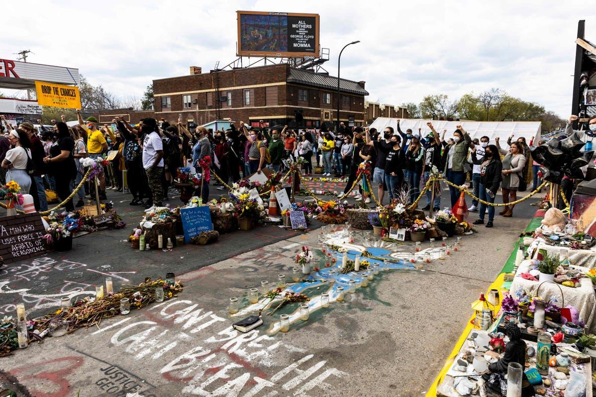 Minneapolis dismantles George Floyd memorial barriers