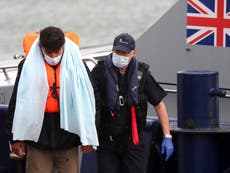 Migrants crossing English Channel should be returned to France, say Tory MPs
