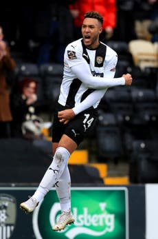 Mark Ellis' late goal sees Notts County beat Chesterfield in play-off eliminator