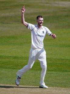 Oliver Hannon-Dalby takes Warwickshire top while Glamorgan beat Lancashire