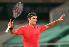 罗杰·费德勒: Andy Murray praises 'inspirational' late-night win in French Open third round