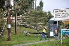 Wild wind and flooding rain lash southeast Australian state