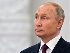 HMS防御者: Putin claims UK warship near Crimea deliberately tried to test Russian military response