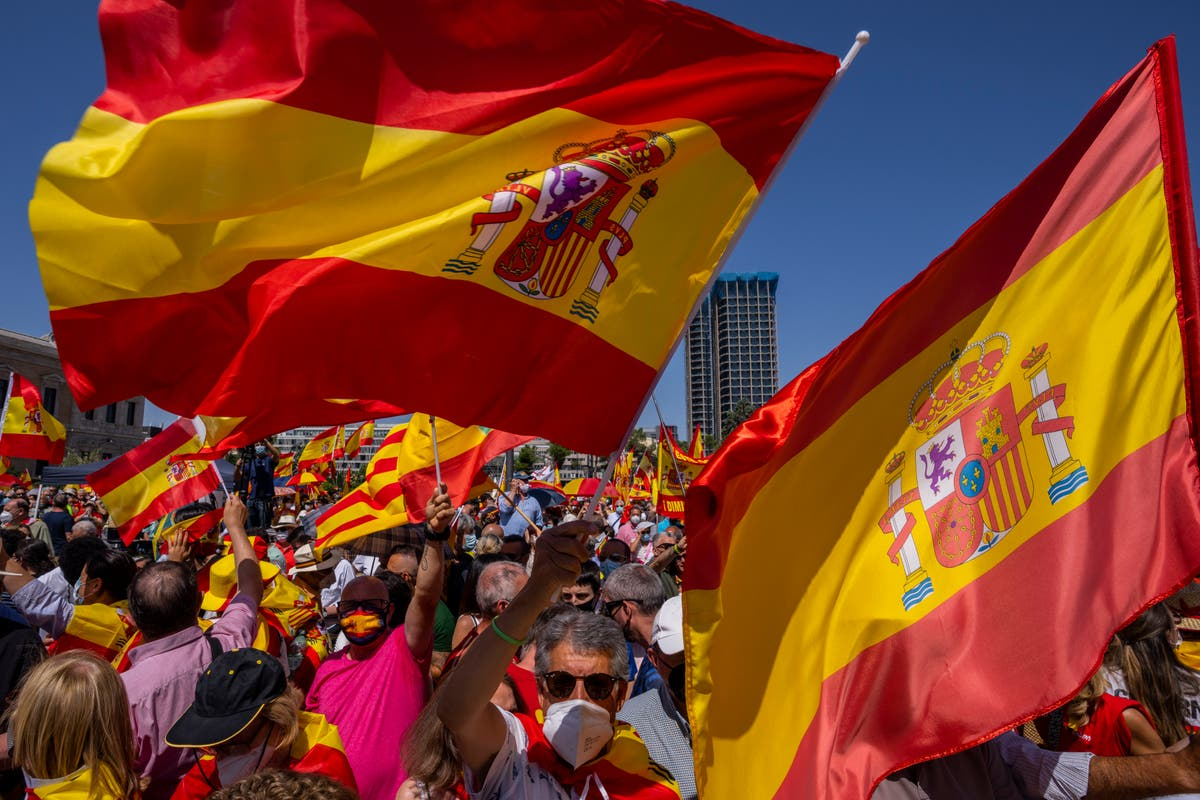 Spain's right wing rejects any pardons for Catalan leaders
