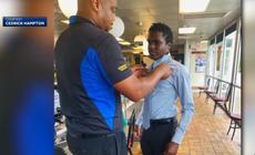 Waffle House -sjef nekter å la tenåringen hoppe over eksamen på jobb