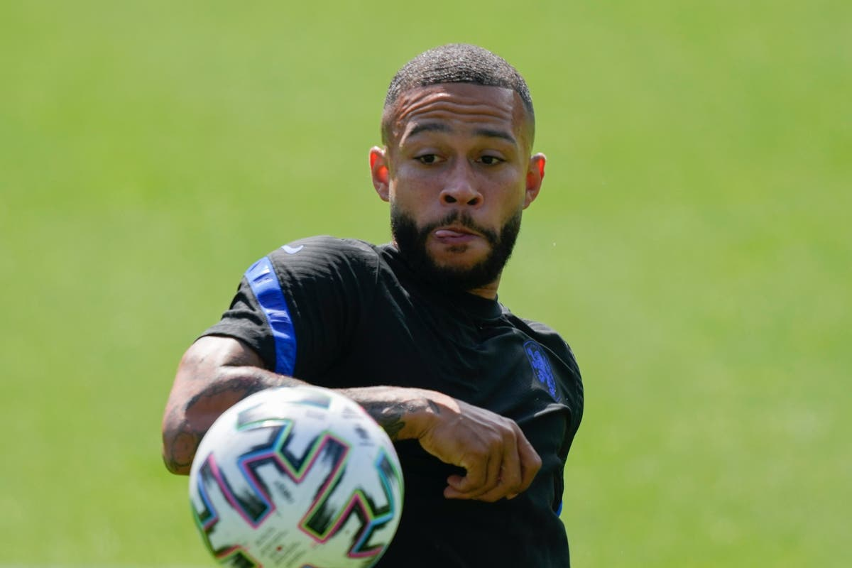 Memphis Depay fully focused on Netherlands amid transfer speculation