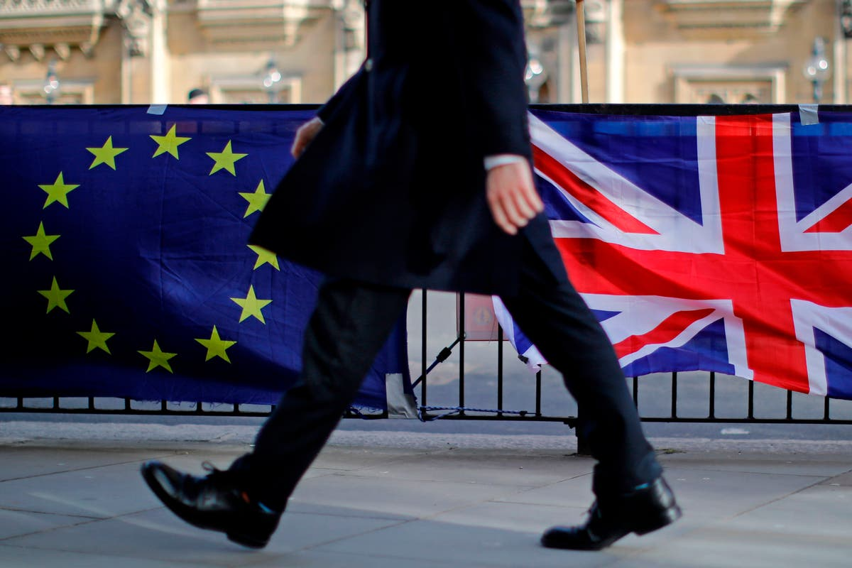 Truce to avoid 'sausage war' expected - follow Brexit news live