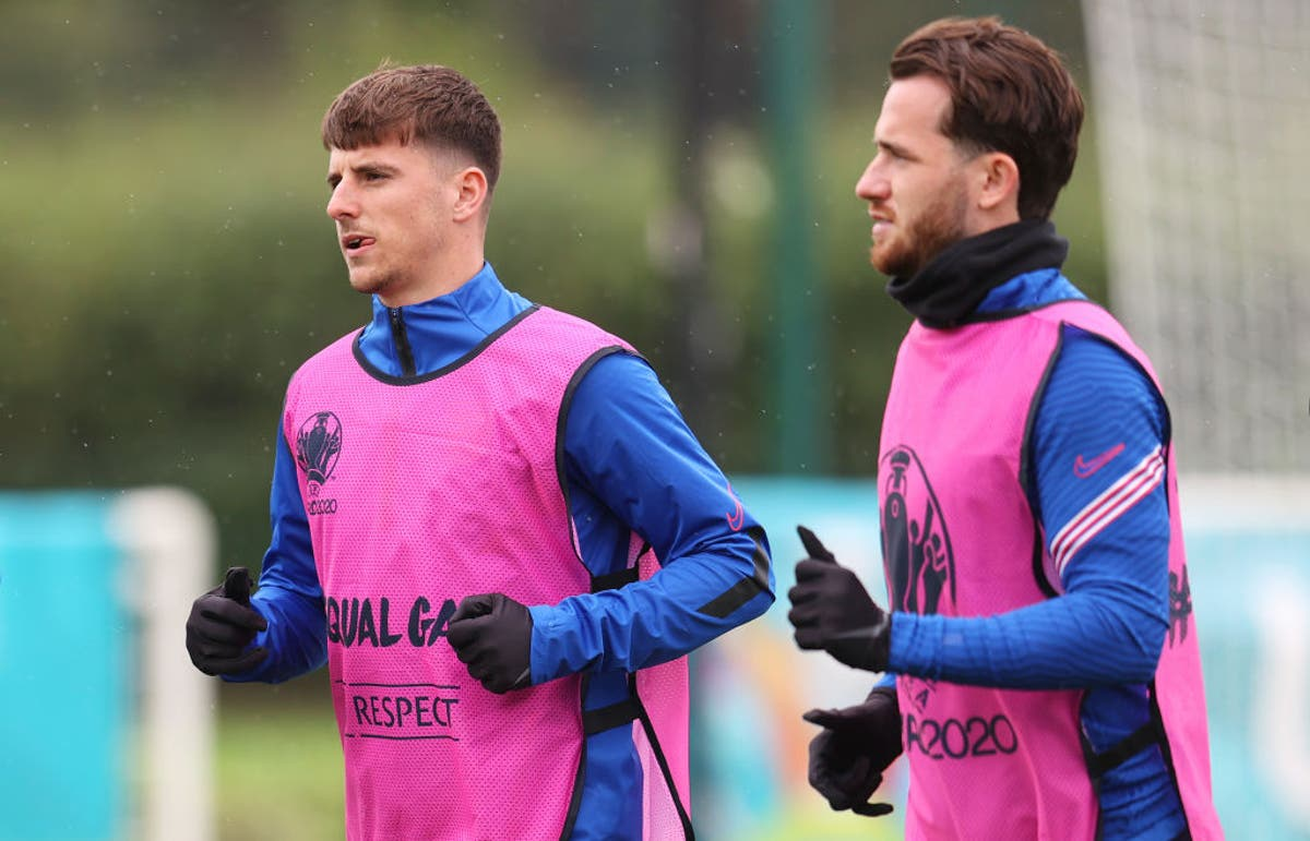 England hopeful Mason Mount and Ben Chilwell can be involved for Czech Republic clash